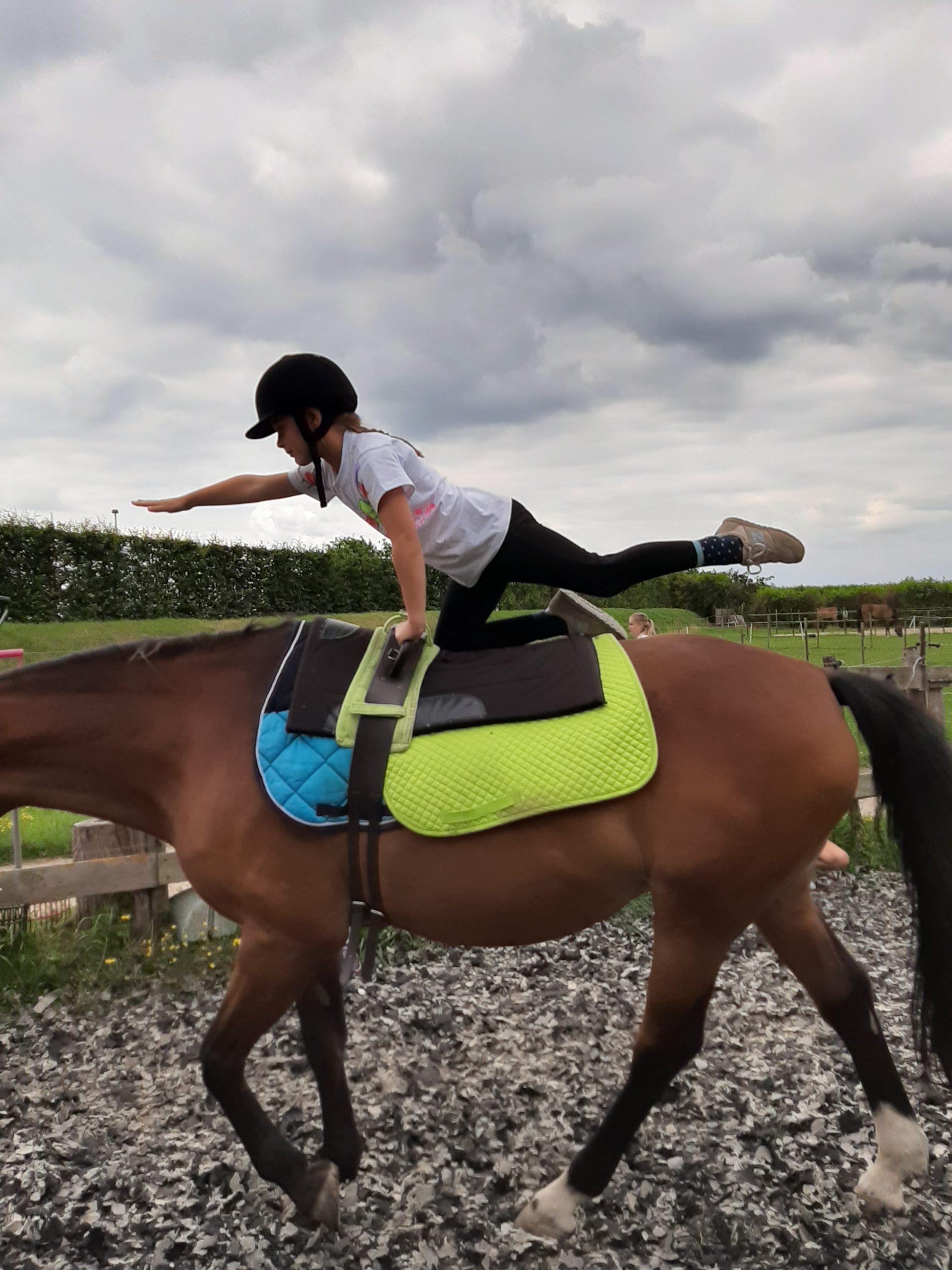 Ponykamp-Ponydagkamp-activiteiten-stal-schouten-wemeldinge